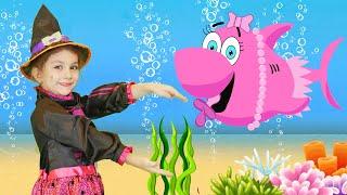Halloween Baby Shark Spanish Version and More Nursery Rhymes by Chu Chu Ua