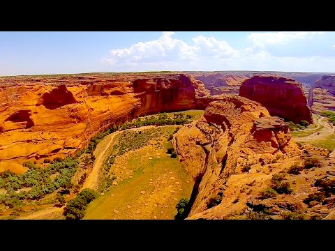 Hiking Canyon De Chelly Navajo Nation Arizona  (HD)