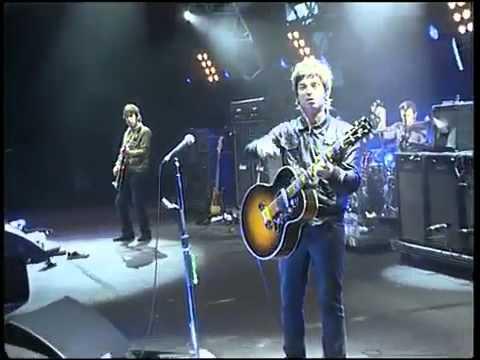 Noel Gallagher - Emotional version of Dont Look Back in Anger - Live