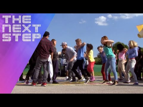 Dancing in the Street | The Next Step - Season 1 Episode 23