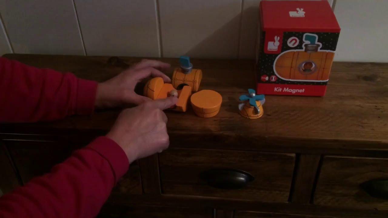 Janod Submarine Magnet Kit Wooden Toy - YouTube