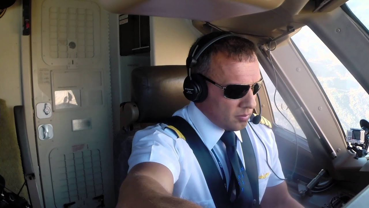 Turkish Airlines: Being a Pilot - YouTube