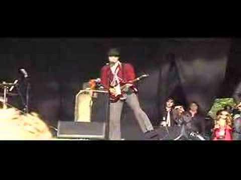 Babyshambles ( Killamangiro ) Live At Glastonbury