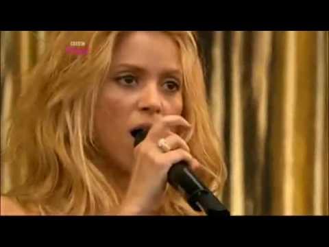 Shakira - She Wolf  (LIVE Glastonbury 2010)