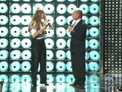 Céline Dion - Love Can Move Mountains ( World Music Awards )