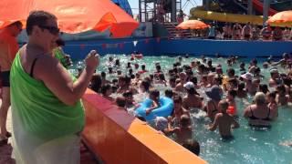 Аквапарк в Яровом(7-секундное видео из аквапарка в Яровом летом 2015 года. Очень специфичный вид отдыха, впрочем, как видно, дост..., 2015-08-17T09:05:31.000Z)