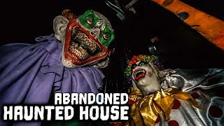 Abandoned House Of Horrors  - The Haunted Maze  * Watch out *