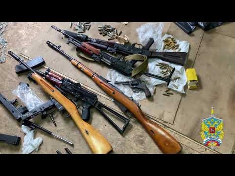 Подмосковные полицейские задержали подозреваемого в незаконном хранении арсенала оружия
