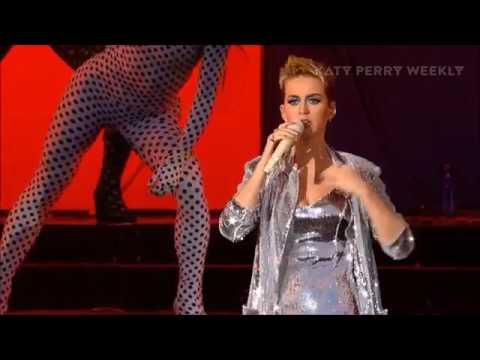 Katy Perry live performing   Bon Appétit  feat Migos 2017