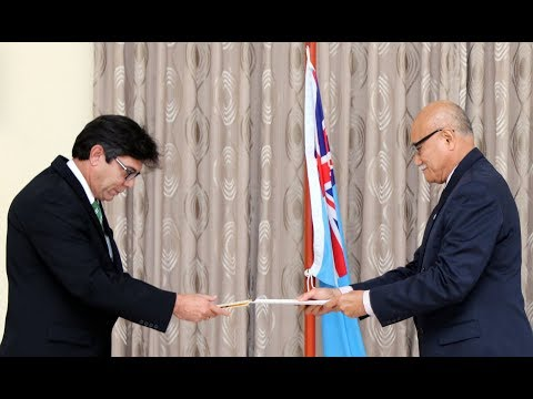 Fijian President receives Credential from the Ambassador of Cuba