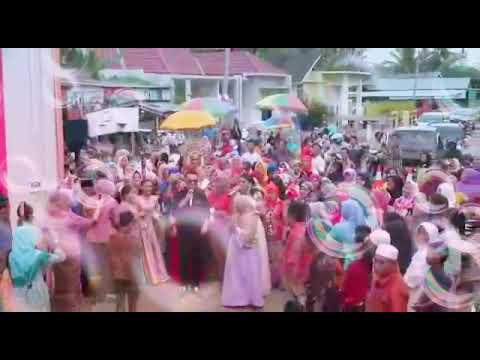 Live perform Rajo Sikumbang feat Ovhi firsty