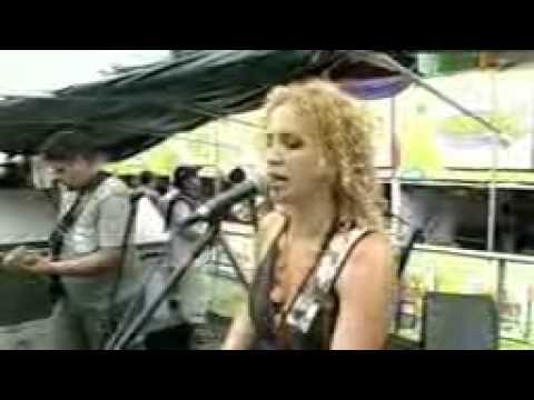 Adriana Kelly (shows: 75 8101-6226)
