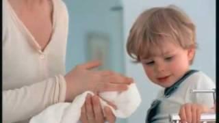 Pub MIXA crème mains avec Estelle Lefébure [ 2006 ]