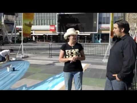 Johnny D. Interviews 3D Street Artist Tracy Lee Stum