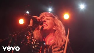 Ellie Goulding - Under The Sheets (Live Rising)