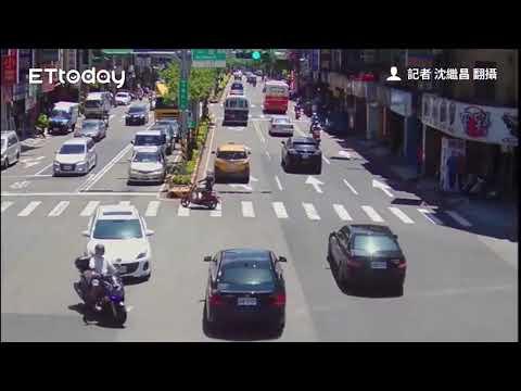 「神風式」撞擊影片曝!桃園騎士闖紅燈撞休旅車 慘摔噴飛...機車翻滾連轉8圈