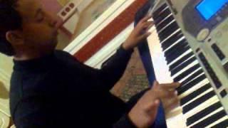 عمار عمرو والمطرب عبود شاكر يعزف اغنية ما وعدتك بنجوم الليل وائل كفوري