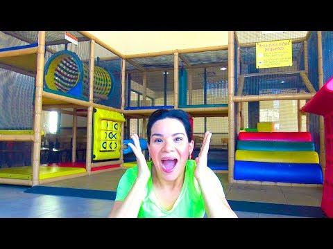 Aventuras en el PARQUE DE JUEGOS | AnaNana Toys