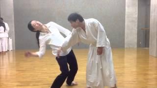 新体道瞑想組手わかめ体操を1000人とするぞ! 和太鼓篠笛奏者の梅村さん shintaido wakametaiso 43