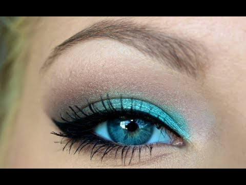 Getting Ready ♡ Turquoise Smokey Eye - YouTube