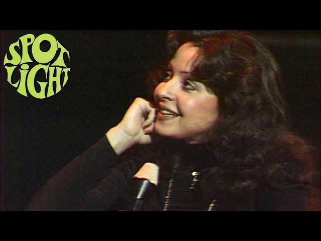 Vicky Leandros spricht über ihren Ruf als Diva und singt