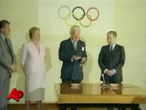 Former IOC President Samaranch Dies at 89