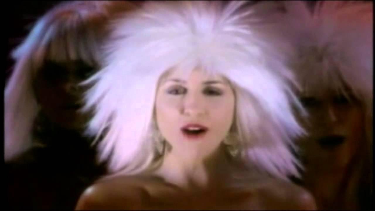 Company b fascinated club version videoclip s l 1986 for Www b b it