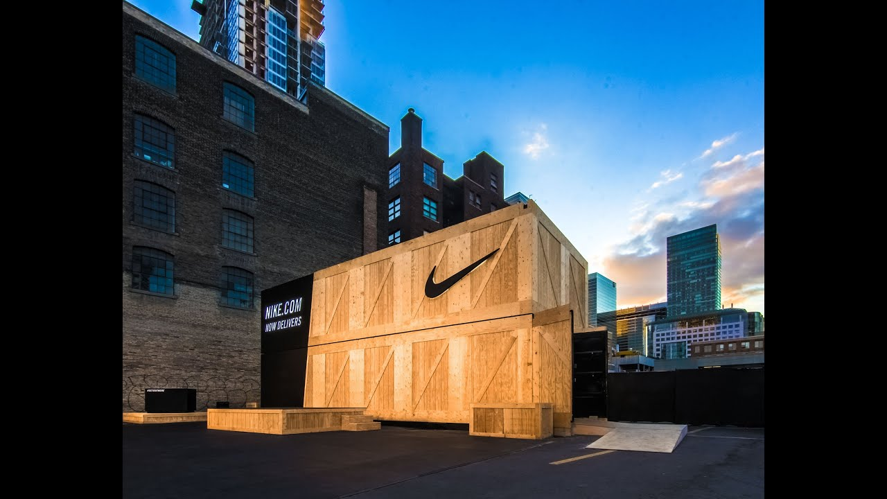 Shipping Containers Customized for Pop Up Retail Store Nikecom