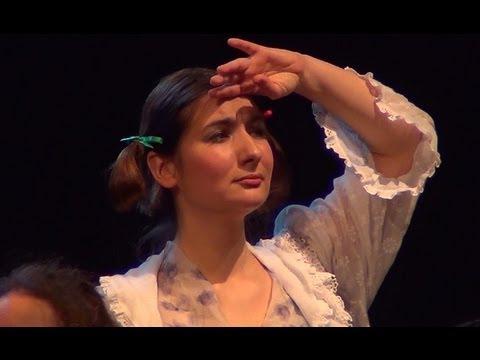 Douce et Barbe Bleue - Isabelle Aboulker - Soeur Anne ne vois-tu rien venir?