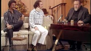 Andy Kaufman - Orson Welles Interview - 1982 thumbnail