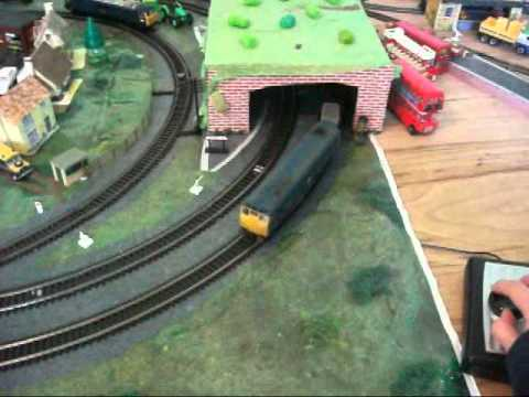 How to wire up a basic DC model railway Model Train Wiring For Dummies on