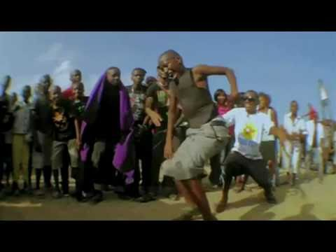 Young Dee feat. Mataluma, Kitokololo & ChekeDaa - Tunapeta (Offical VIdeo)