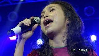 Bài hát về MẸ khiến cả THẾ GIỚI phải khóc.