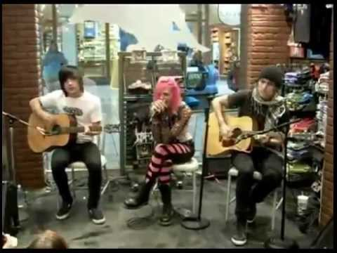Icon For Hire - Acoustic Set At Hot Topic (2009)