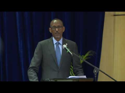 President Kagame addresses Mozambican business and academic community | Maputo, 24 October 2016
