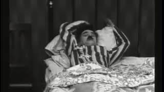 Charlie Chaplin: The Adventurer (Laurel & Hardy)