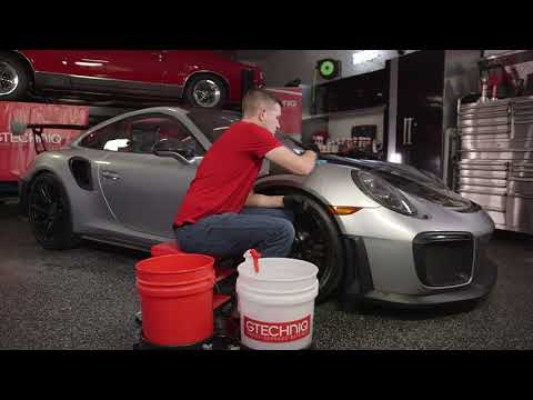How to decontaminate your automobile paint with Gtechniq car wash products for ceramic coatings.
