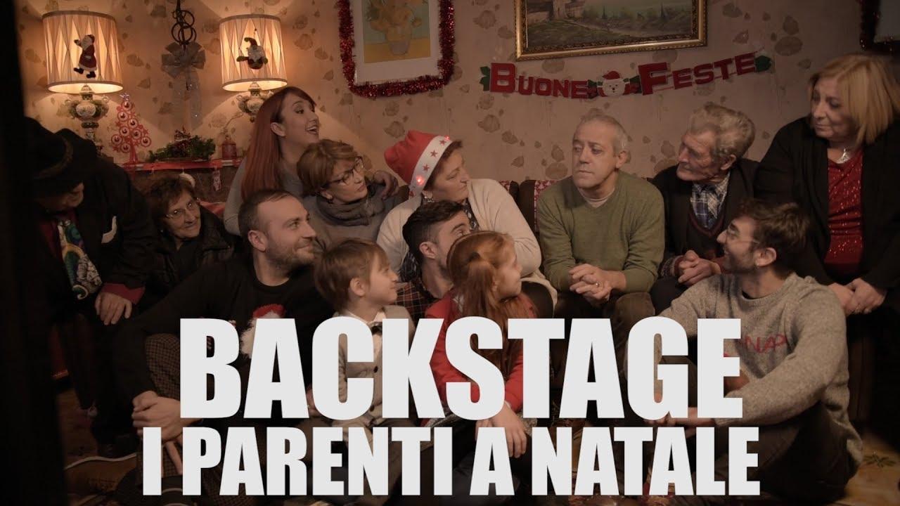 I PARENTI A NATALE BACKSTAGE casa surace  YouTube