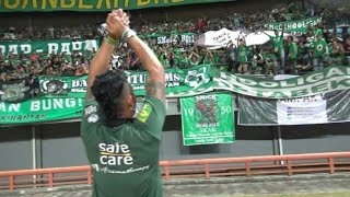 Video Di depan Tribun PSMS Medan Fans, Dirijen Bonek Lakukan hal ini download MP3, 3GP, MP4, WEBM, AVI, FLV Juli 2018