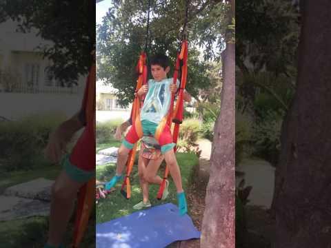 Aero yoga en feria recreate en olga . Pranava yoga