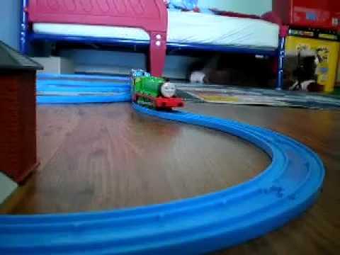Đồ chơi Tàu Hỏa Thomas and friends dành cho các bé