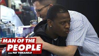 Baixar White Comedian Tries To Cut Hair At Black Barber Shop