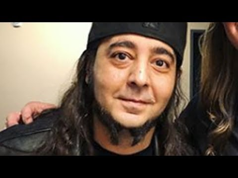 "Daron Malakian Says System Of A Down Members ""Changed And Went In Different Directions"""