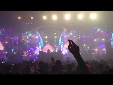 Porter Robinson - Mat Zo - Lucid Dreams @ XO Live 2013