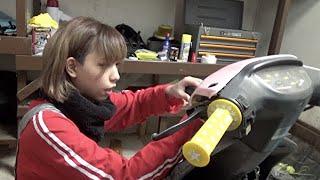 激安の缶スプレーでバイクを自家塗装じゃああああ!!!【原付カスタム】 thumbnail