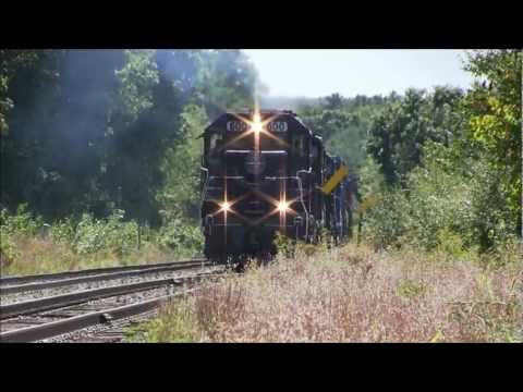 HD Screaming EMD's on Pan Am Railways freights at Plaistow,NH Sept.2012