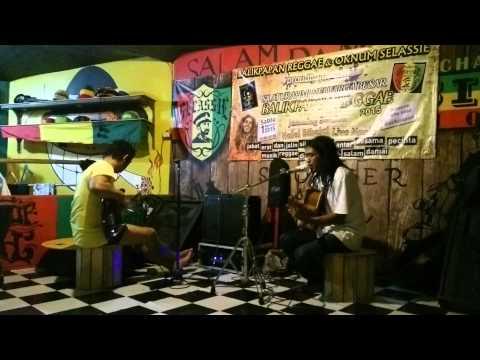 ipoel lion @selassie coffee shop balikpapan