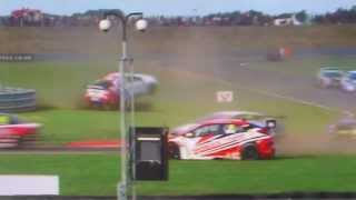 MASSIVE JASON PLATO CRASH @SNETTERTON