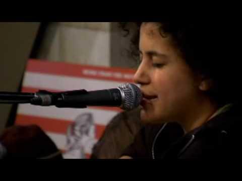 Kimya Dawson - Singing Machine Live (Amoeba Music)