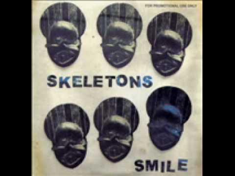 skeletons smile - mulatu